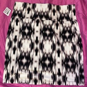 Patterned Pencil Skirt NWT!